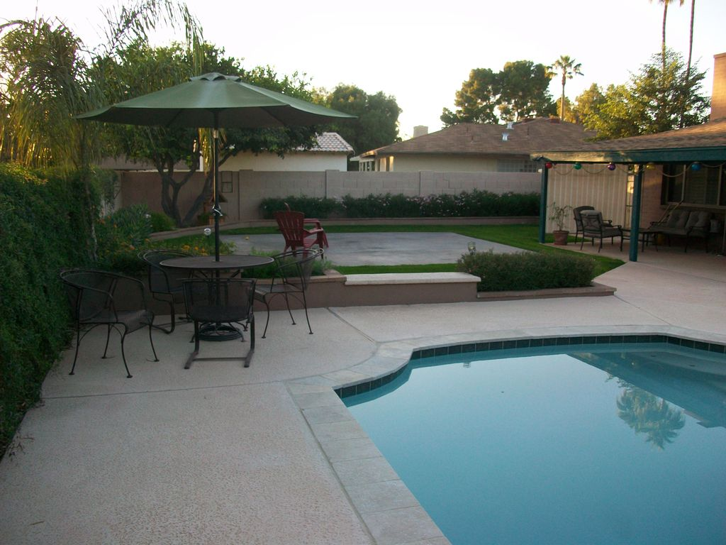 Heart of Scottsdale Winter Retreat 3 BR Vacation House