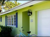 Peaceful Coastal Cottage with Dock Near Intracoastal, Inlet, Beach, Dog Friendly