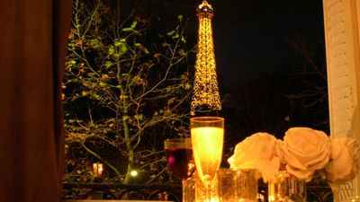 Incredible view of the Eiffel Tower from the dining area