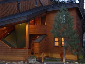 Alpine Meadows townhome rental - Front Exterior/ 3 BR + loft, 3 Bath, Townhouse on Truckee River/ sleeps up to 10