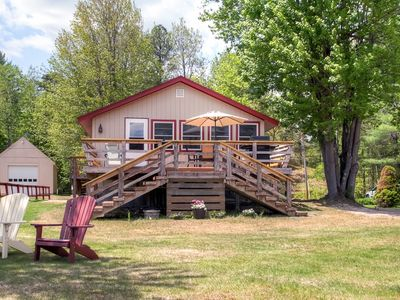 3BR Lakefront Wakefield Cottage w/Water Views!
