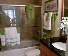 Navarre Beach condo photo - Upgraded bathroom with granite counter tops.