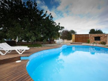 Swimming pool and annexe