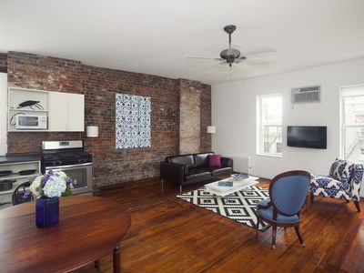 Hip/Stylish/Sunny 2 Bdrm Artist Loft, Spacious/Clean, 5 min to Times Square