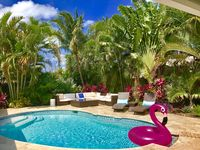 CASA COCONUT-Resort Style home just steps to Beach & Lauderdale-By-The-Sea!