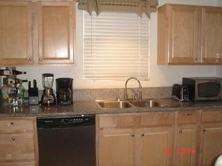 Hollywood house photo - Full kitchen w/ granite counter top w/ dishwasher & microwave