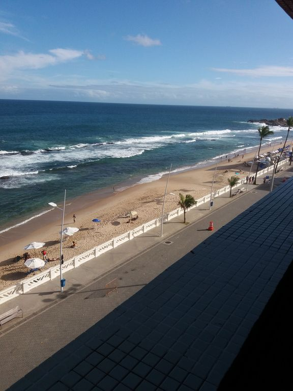 FLAT WITH SWIMMING POOL FRONT CALCADÃO FAROL BARRA -CAMAROTE CARNAVAL-I HAVE OTHER APT