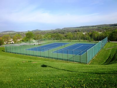 Tennis Courts at Owner's Club - Tennis with a View Anyone?!