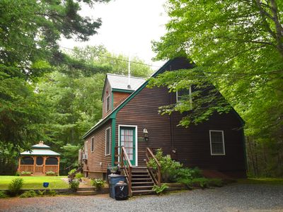 Goose Cove Cottage is situated on a 2-acre, wooded lot.