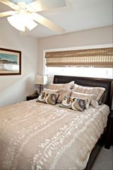 Seal Beach apartment photo - Bedroom-Queen-size bed (Sealy pillow top)