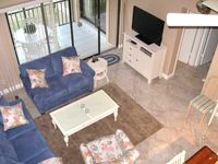 Renovated, quick access to pool and beach