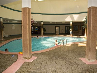 Indoor Pool, Sauna & Hot Tub