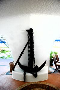Massive Anchor found in Acapulco from an old Spanish Galleon
