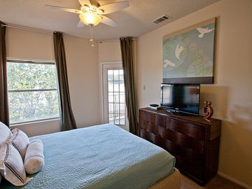 Master Bedroom has 32 inch flat screen TV with cable.