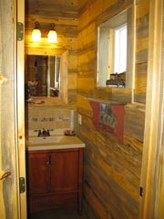Big Timber cabin photo - Bathroom with round shower.