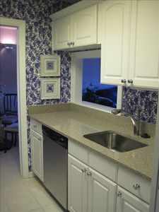 Harbour Town condo rental - New Ktichen with granite counters and Stainless Steel appliances