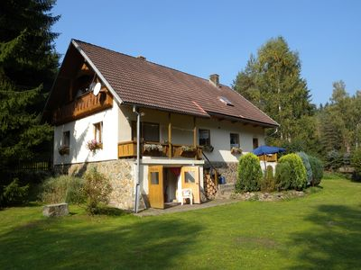 Holiday house With tiled stove and garden with barbecue facilities at the tennis court