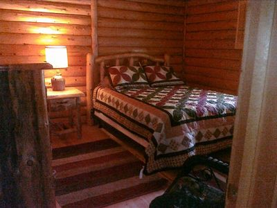Bedroom Furniture on Master Bedroom With New Log Furniture
