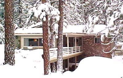Exterior of the Skyland Retreat in a winter wonderland!!!