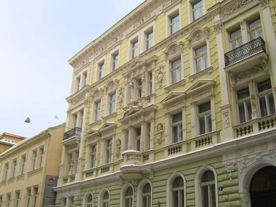 A 100m2 apartment in the heart of Prague New Town.