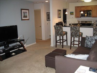 Clean and welcoming living space in updated 2 bed 2 bath condo