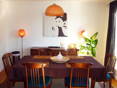 San Francisco townhome rental - The dining room is open to both the kitchen and the living room