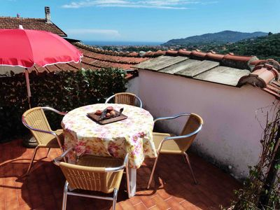Vacation apartments on the Flower Riviera, rustic dwellings, decorated with love