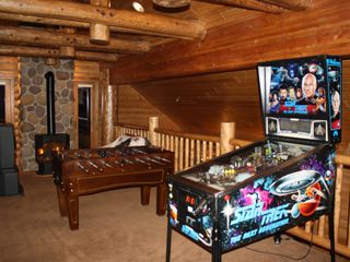 Sundance cabin photo - Game Loft. Above Great room. X-Box, Fooseball. Pinball.