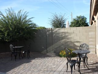 Sun or shade in the back yard. - Mesa townhome vacation rental photo