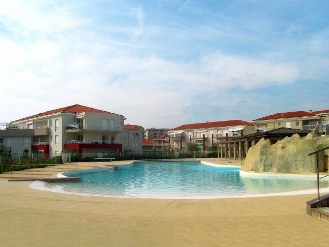 Accommodation near the beach, 35 square meters, , Golfe-juan
