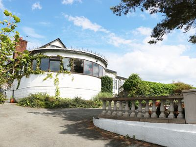 BRON-Y-BRYN LODGE, family friendly in Gwaenysgor, Ref 937048