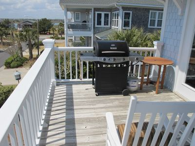 Top Deck Grill Out www.Seascapevacationhomes.com
