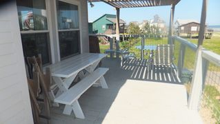 Galveston house photo - Shaded deck on south side has beach views east and south