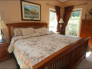 Stowe house rental - King Bed and Private Bath in the Master Bedroom