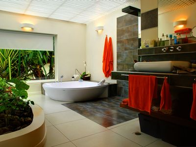 Las Terrenas house rental - master bathroom