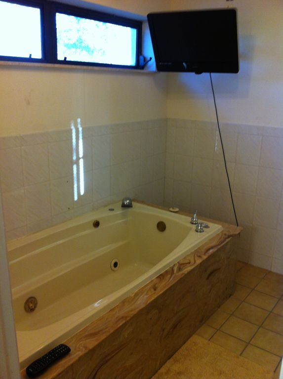 Jacuzzi tub w/TV in downstairs bath ( also has lg walk in shower) not shown