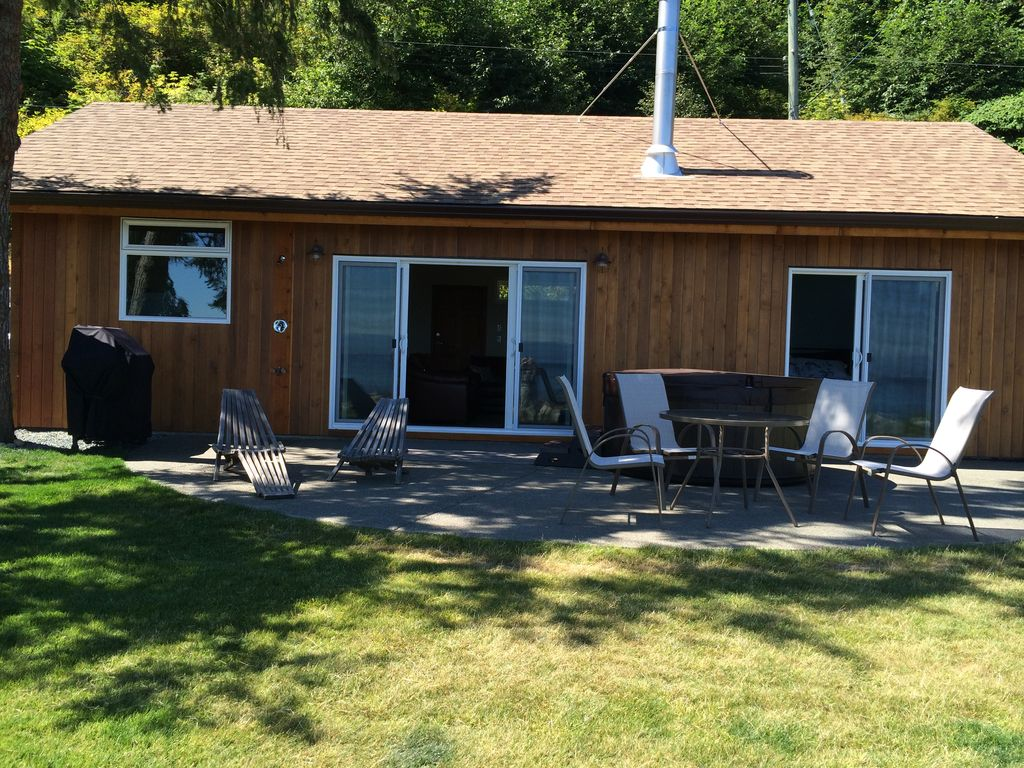 Courtenay Walk On Waterfront Cottage B At Vrbo