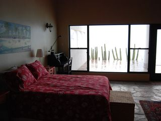 Kino Bay villa photo - Master bedroom.