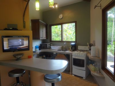 Uvita estate rental - Kitchen.