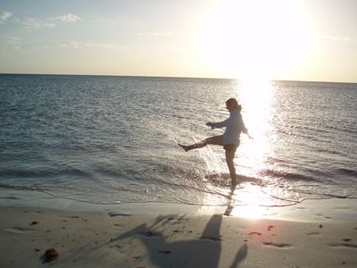 Come, kick up your heels and enjoy the beauty of Boca Grande!