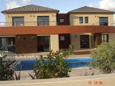 ACCOMMODATION WITH TERRACE IN LUXURY HOME WITH HEATED POOL SEA 300