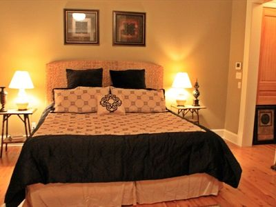 Master bedroom, 2nd floor, king bed, full bath, TV, Blu-Ray player