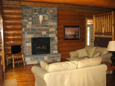 Cozy Great Room with Convenient Gas Fireplace