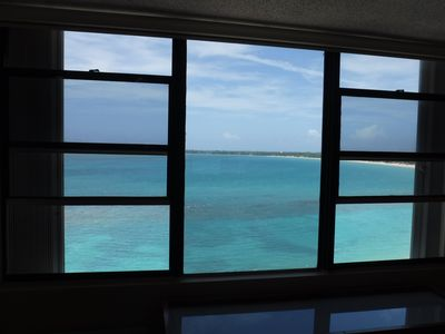 Bedroom view from the 11th floor, relax to the soothing sound of the ocean