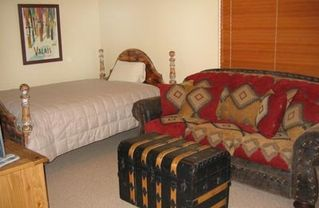 Bear Hollow Village townhome photo - Queen Bed, Queen Pullout Couch and Full Bath in Downstairs Den