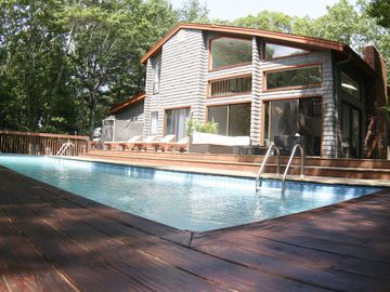East Hampton house rental - Deck (south facing) - with wicker Lounge area + 4 cedar sun beds