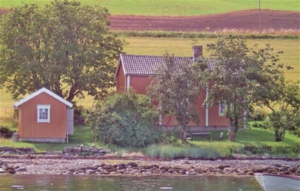 Holiday house Viggja for 1 - 7 persons with 2 bedrooms - Farmhouse
