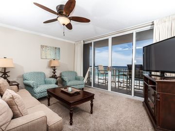 Vilamacolum condo rental - Beautiful 6th floor living room with new furnishings in 2014! Le - Beautiful 6th floor living room with new furnishings in 2014! Let's not forget the amazing views!