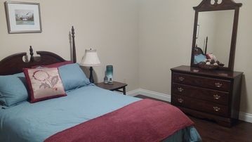 Seward apartment rental - double bed