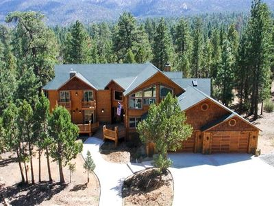Big Bear City house rental - Big Bear Palace Vacation Estate Cabin surrounded by much forest of a clean air.